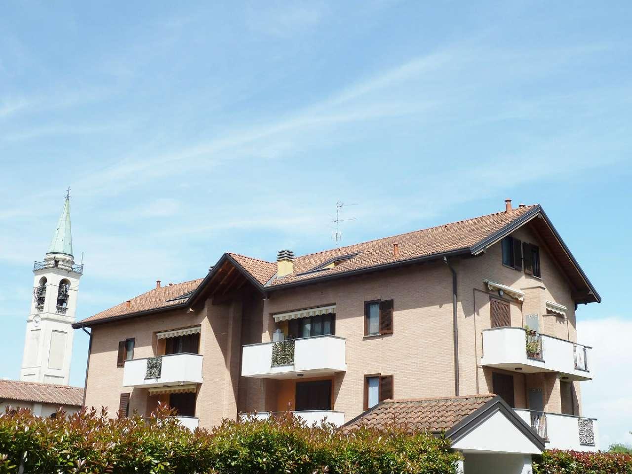 Appartamento in vendita a Limbiate, 3 locali, prezzo € 189.000   CambioCasa.it