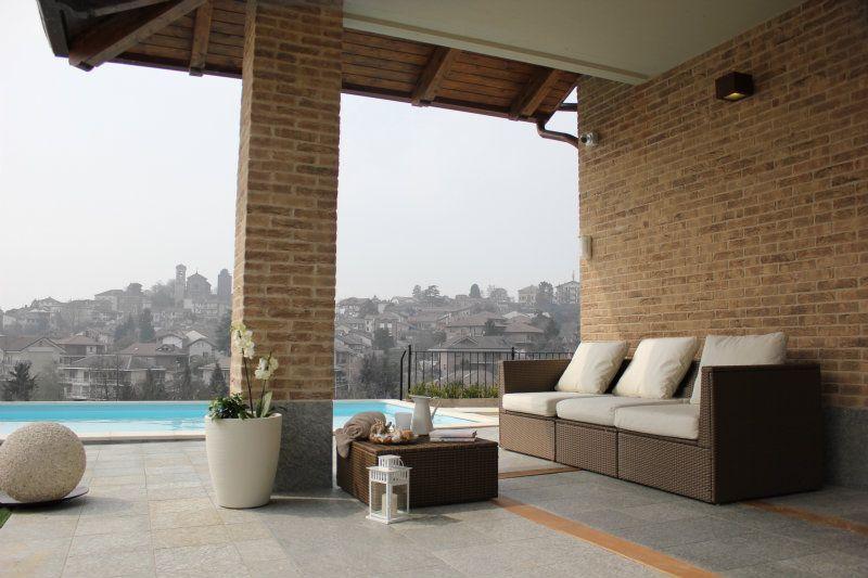 Villa in vendita a Pecetto Torinese, 8 locali, Trattative riservate | Cambiocasa.it