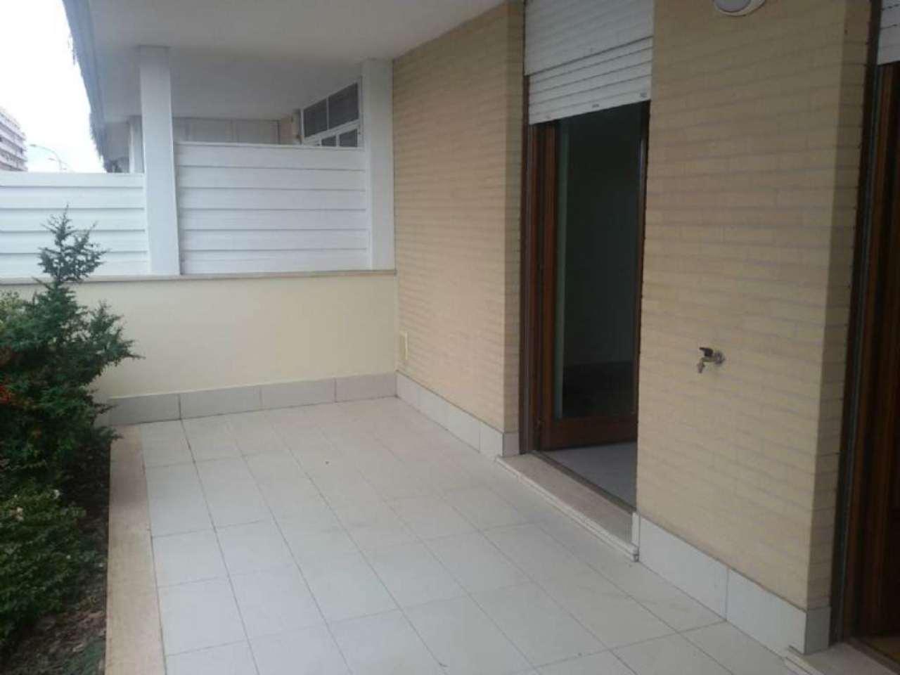 Bilocale roma vendita 185000 euro zona 21 laurentina 22 for Vendita appartamenti amsterdam