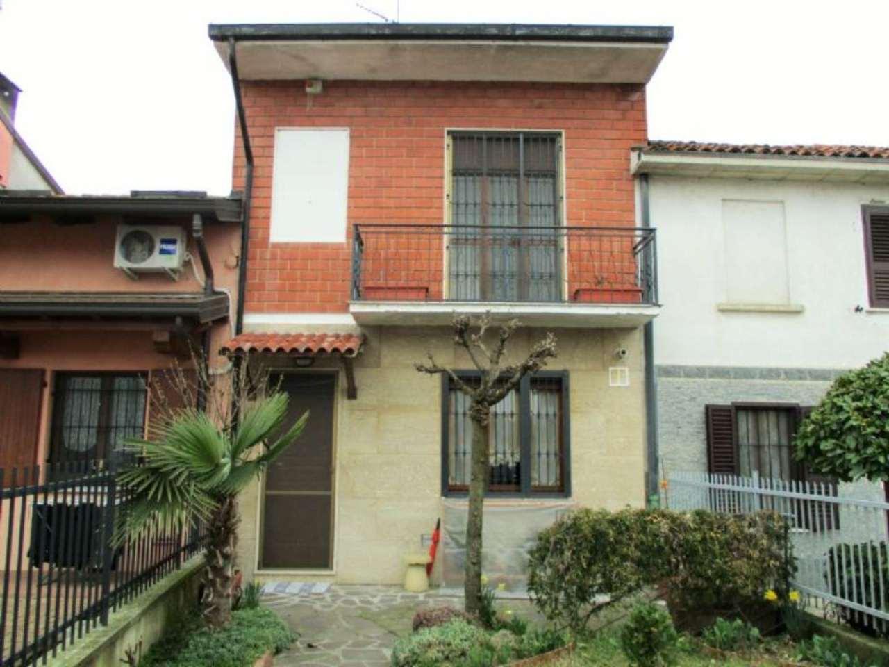 Soluzione Indipendente in vendita a Valera Fratta, 3 locali, prezzo € 128.000 | Cambio Casa.it