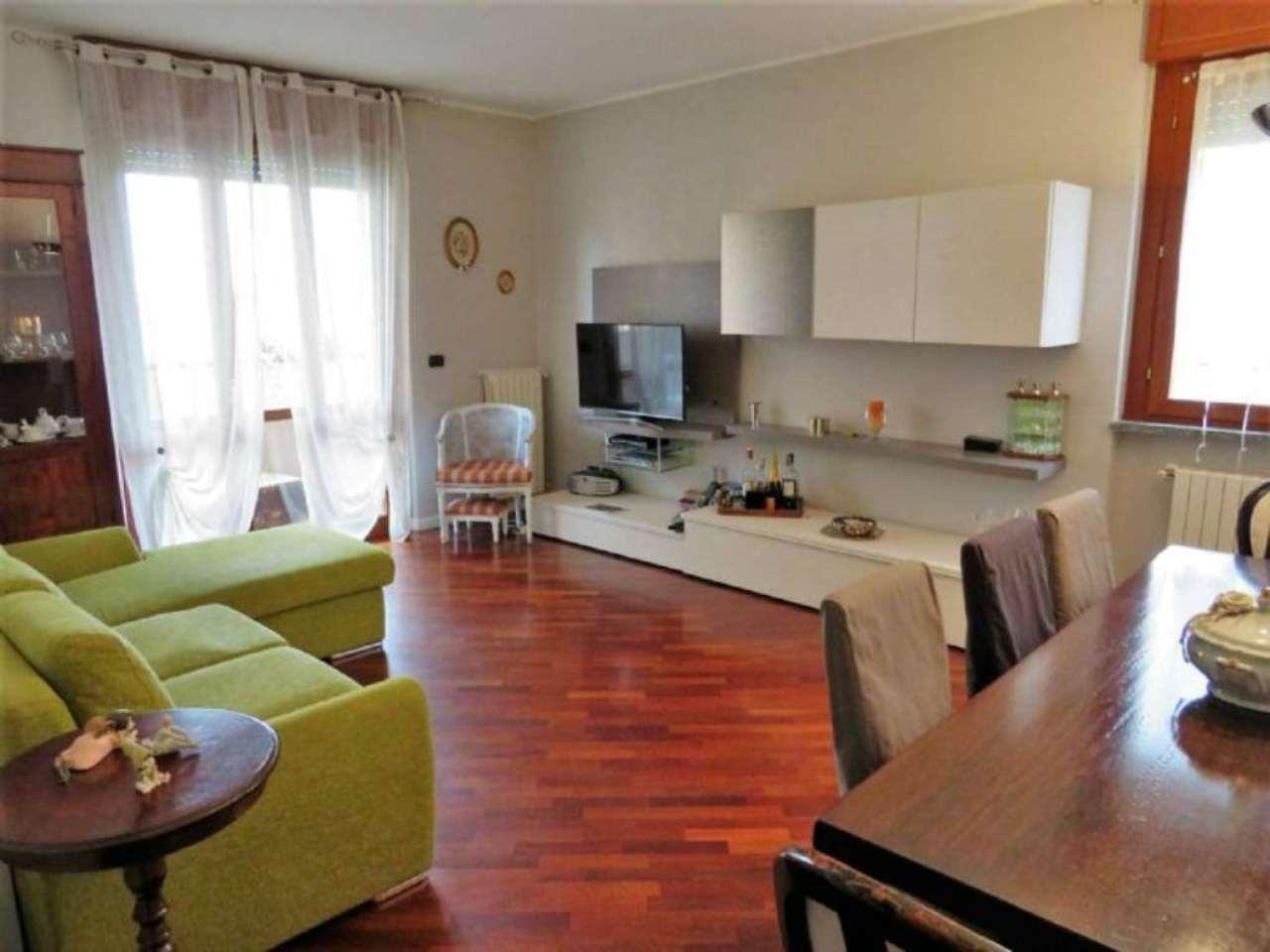Appartamento in vendita a Opera, 3 locali, prezzo € 238.000   Cambio Casa.it