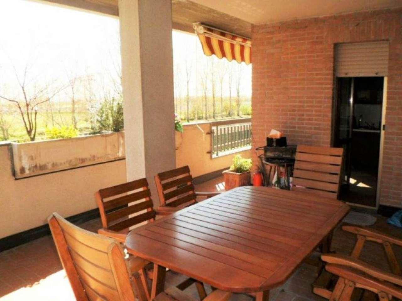 Appartamento in vendita a Carpiano, 2 locali, prezzo € 125.000 | Cambio Casa.it
