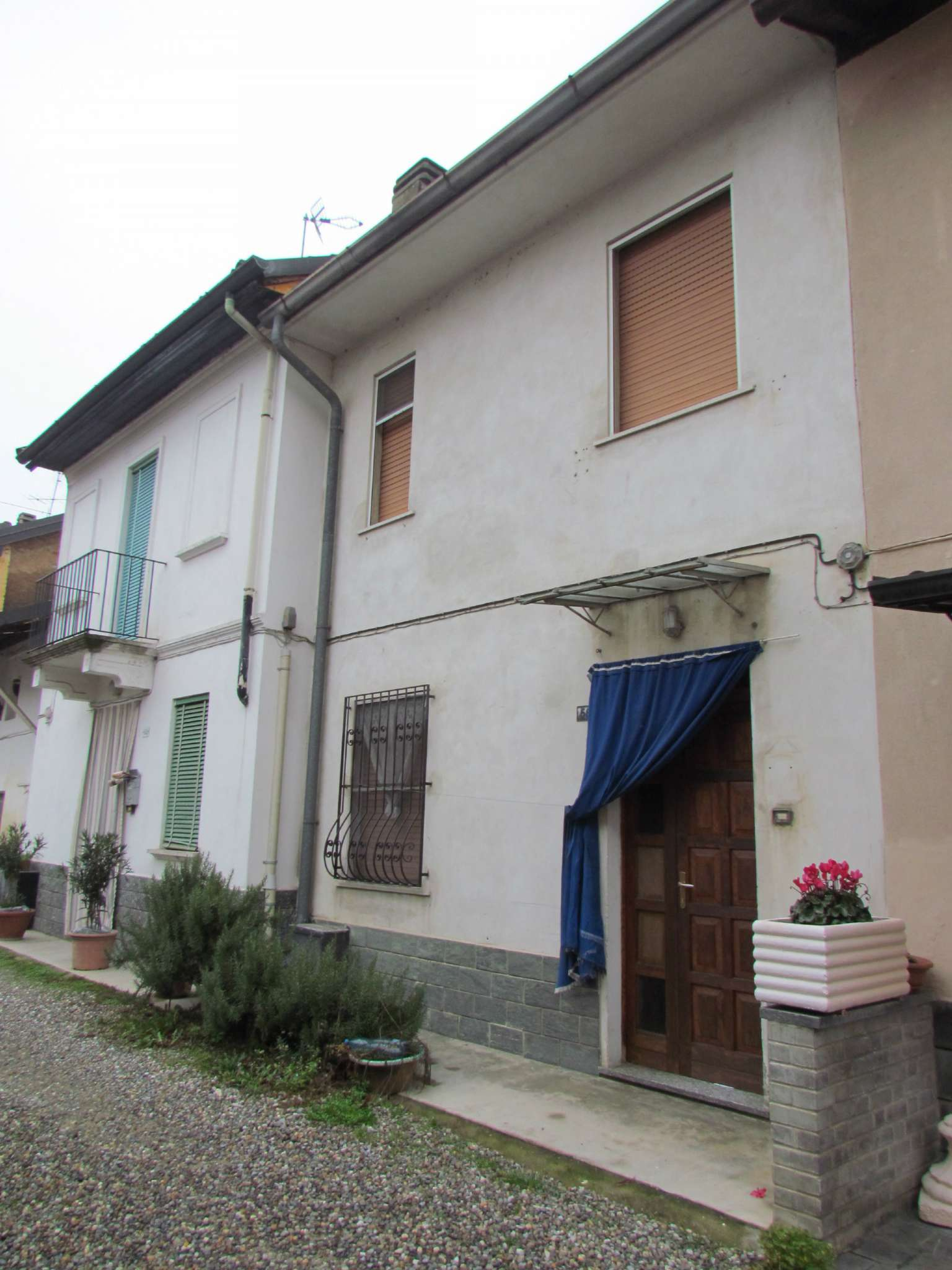 Soluzione Indipendente in vendita a Vernate, 3 locali, prezzo € 72.000 | Cambio Casa.it