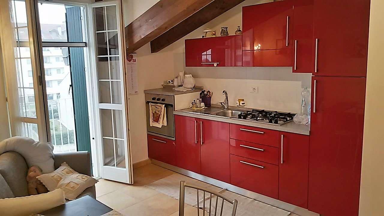 Appartamento in affitto a Locate di Triulzi, 2 locali, prezzo € 700 | Cambio Casa.it