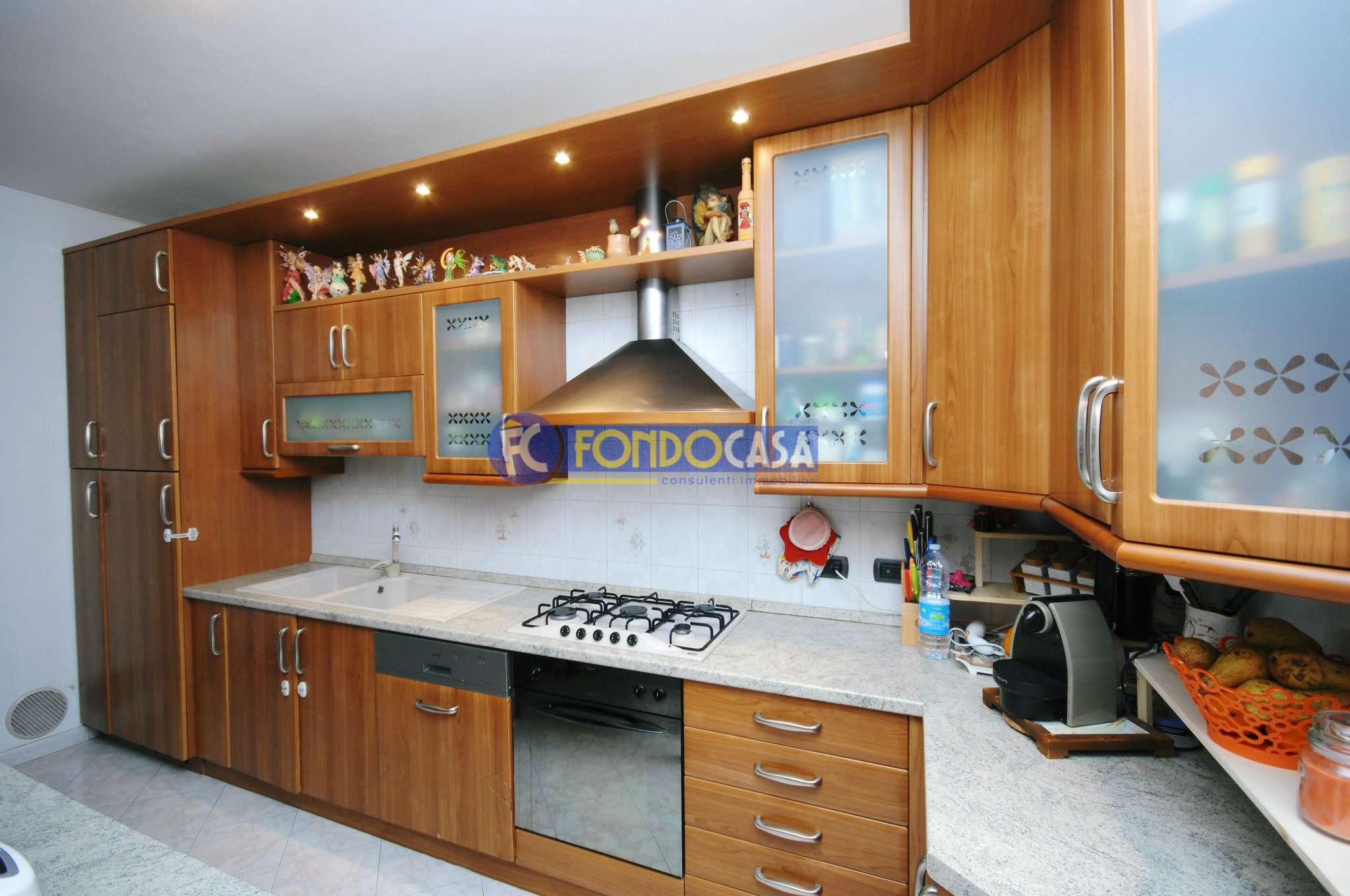 Appartamento in vendita a Calvignasco, 3 locali, prezzo € 129.000 | Cambio Casa.it