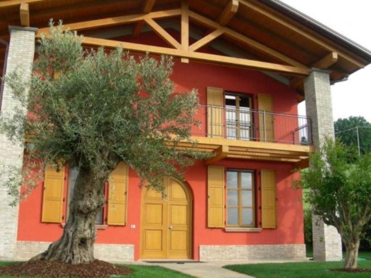 Villa in Vendita a San Giovanni in Marignano