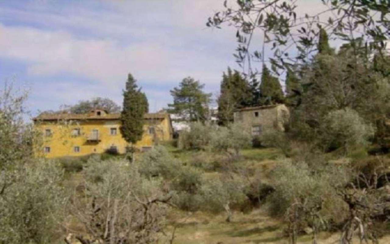 Rustico / Casale in vendita a Rufina, 6 locali, Trattative riservate | Cambio Casa.it