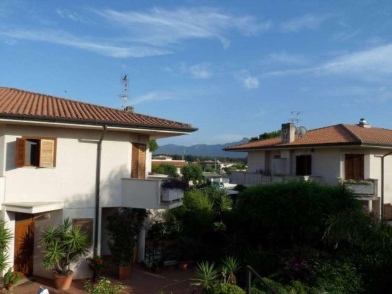 Villa in vendita a Sabaudia, 5 locali, prezzo € 440.000 | CambioCasa.it