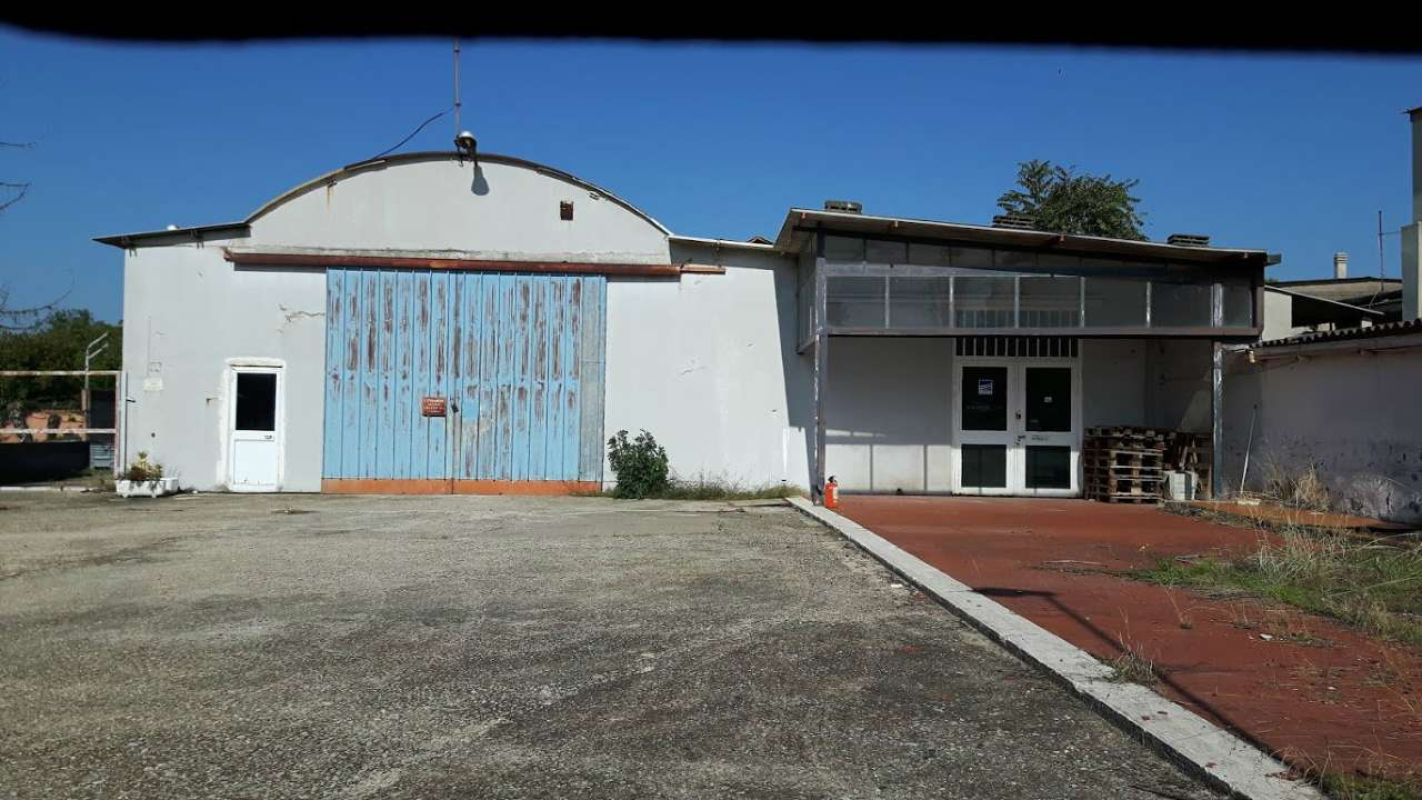 Negozio / Locale in vendita a Ciampino, 9999 locali, prezzo € 260.000 | CambioCasa.it