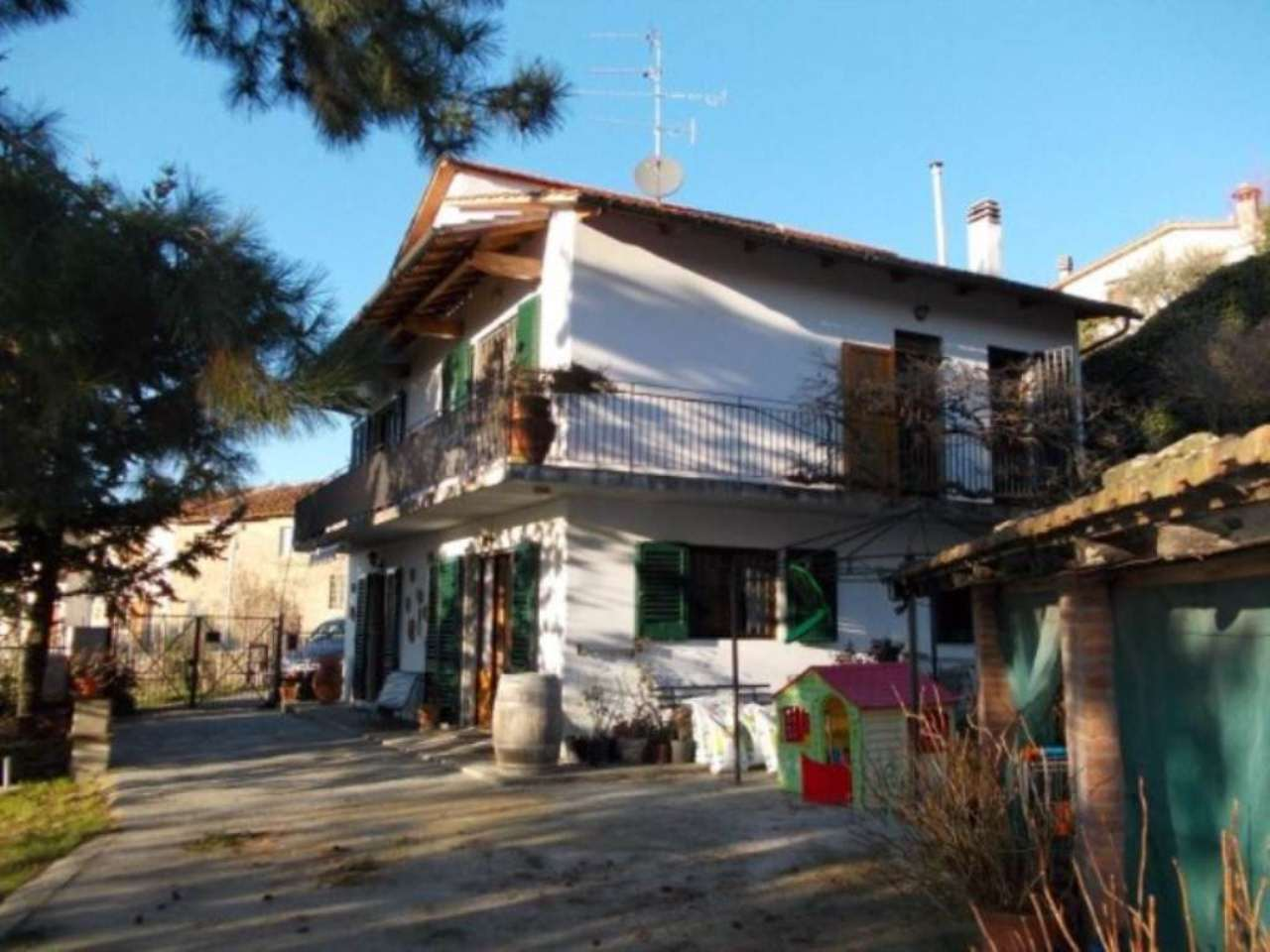 Villa in vendita a Rufina, 6 locali, prezzo € 285.000 | Cambio Casa.it