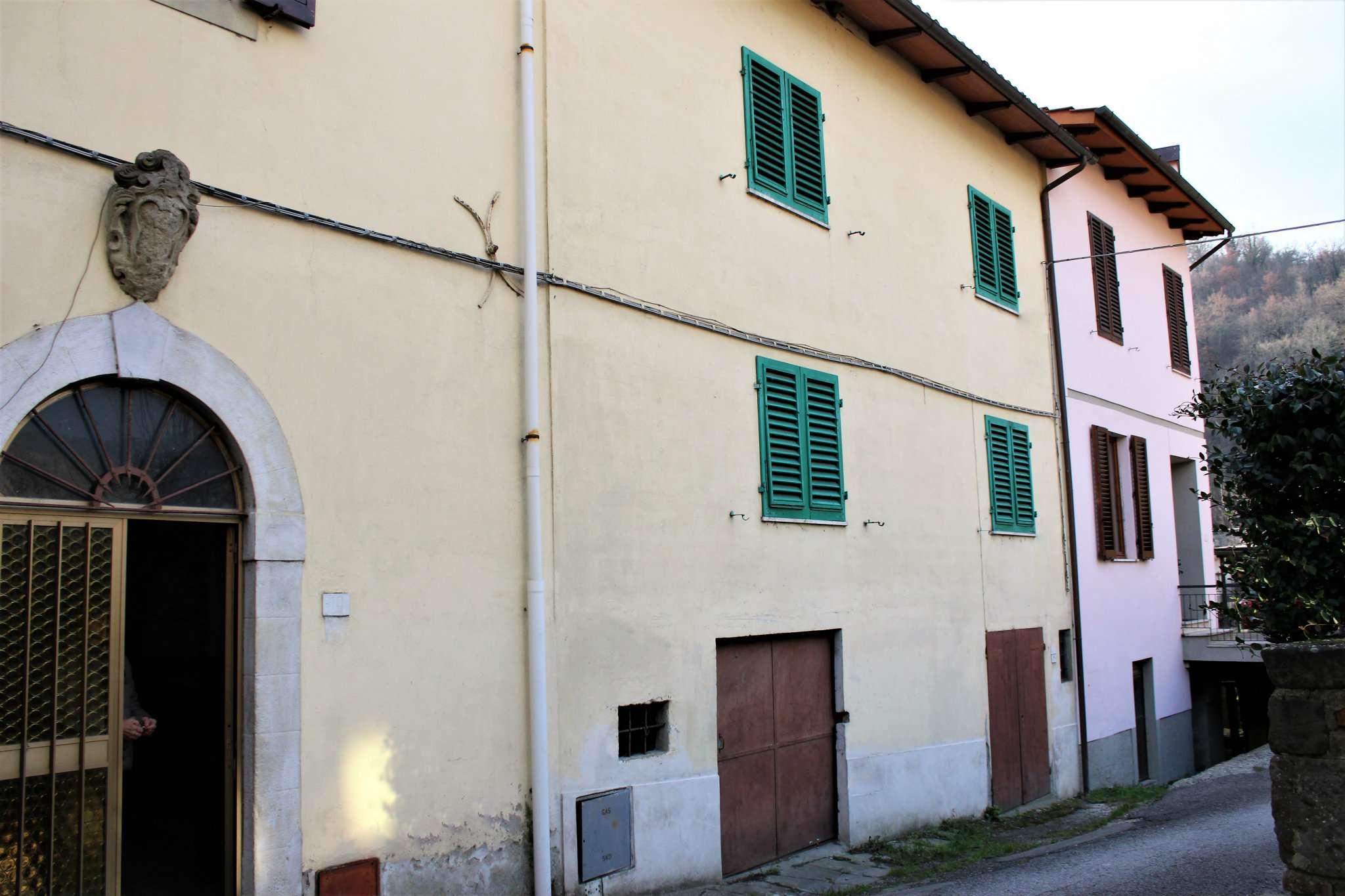 Palazzo / Stabile in vendita a Rufina, 11 locali, prezzo € 88.000 | Cambio Casa.it
