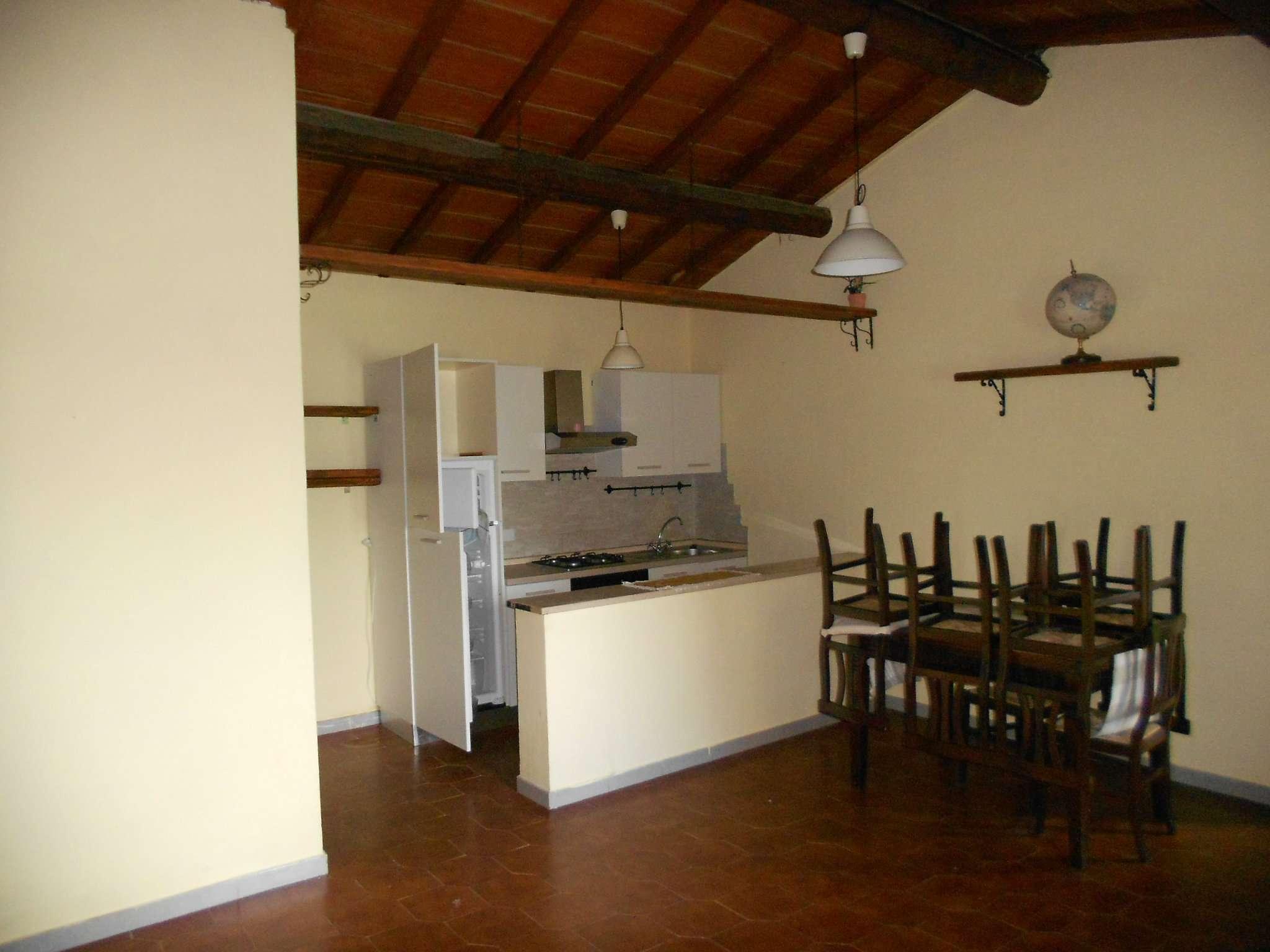 Appartamento in affitto a Pontassieve, 3 locali, prezzo € 400   Cambio Casa.it