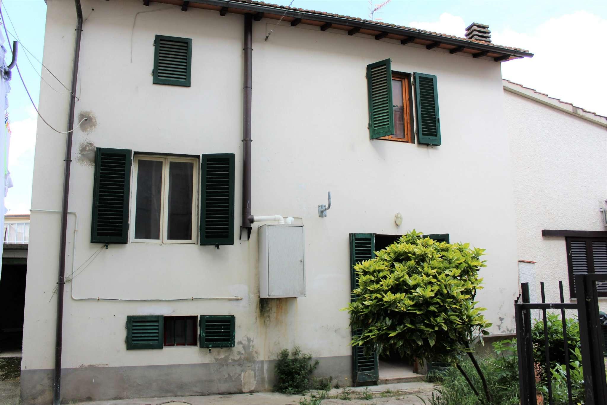 Palazzo / Stabile in vendita a Rufina, 5 locali, prezzo € 197.000 | Cambio Casa.it