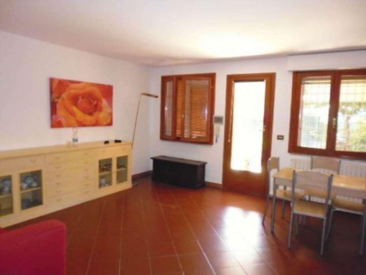Appartamento in vendita a Campagnano di Roma, 3 locali, prezzo € 79.000 | Cambio Casa.it