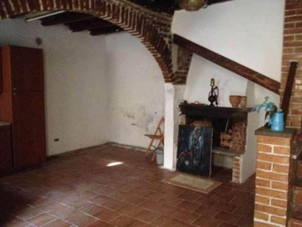 Appartamento in vendita a Anguillara Sabazia, 2 locali, prezzo € 90.000 | CambioCasa.it