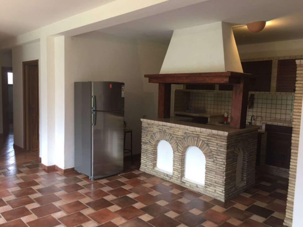 Soluzione Semindipendente in affitto a Formello, 9999 locali, prezzo € 850 | Cambio Casa.it