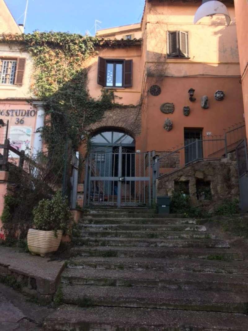 Negozio / Locale in vendita a Formello, 6 locali, prezzo € 65.000 | CambioCasa.it