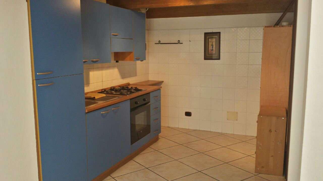Appartamento in affitto a Nepi, 3 locali, prezzo € 400 | CambioCasa.it