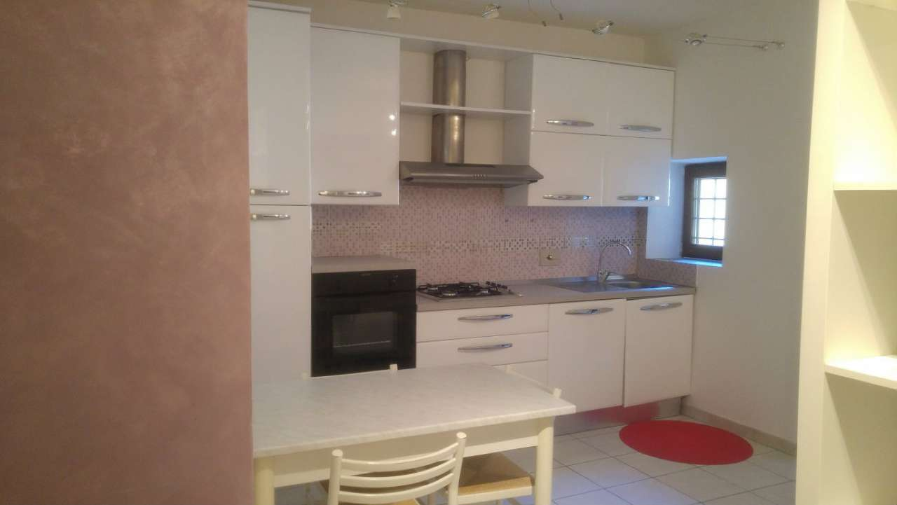 Appartamento in affitto a Formello, 2 locali, prezzo € 550 | CambioCasa.it