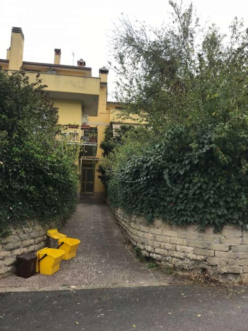 Appartamento in affitto a Campagnano di Roma, 4 locali, prezzo € 600 | CambioCasa.it