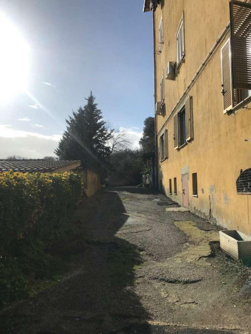 Appartamento in vendita a Campagnano di Roma, 2 locali, prezzo € 39.000 | CambioCasa.it