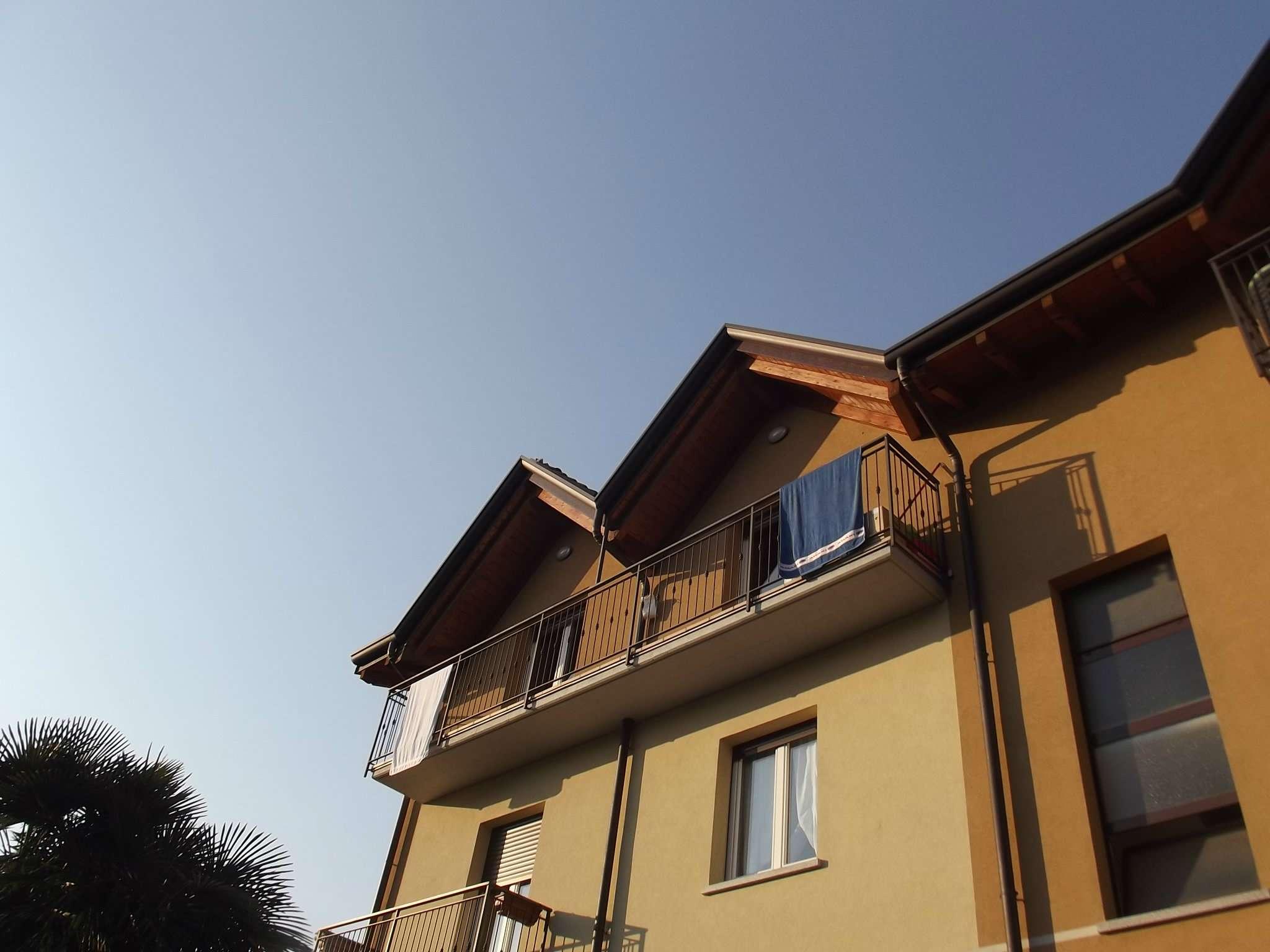 Attico / Mansarda in affitto a Induno Olona, 3 locali, prezzo € 650 | Cambio Casa.it