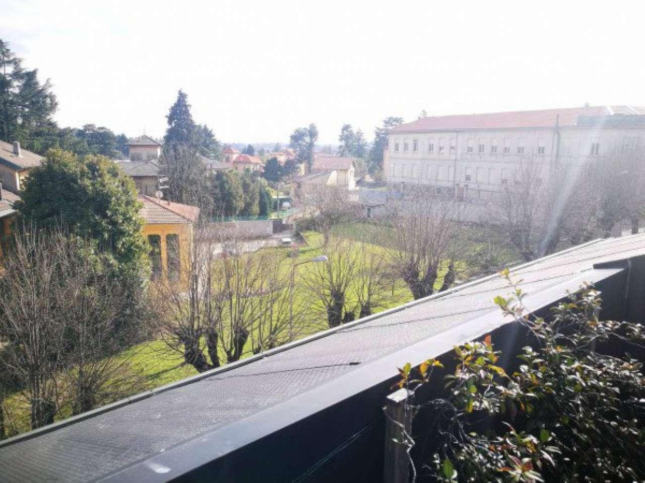 Attico / Mansarda in affitto a Induno Olona, 6 locali, prezzo € 1.200   CambioCasa.it