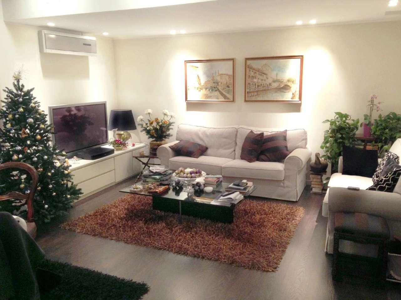 Appartamento in affitto a Varese, 3 locali, prezzo € 990   CambioCasa.it