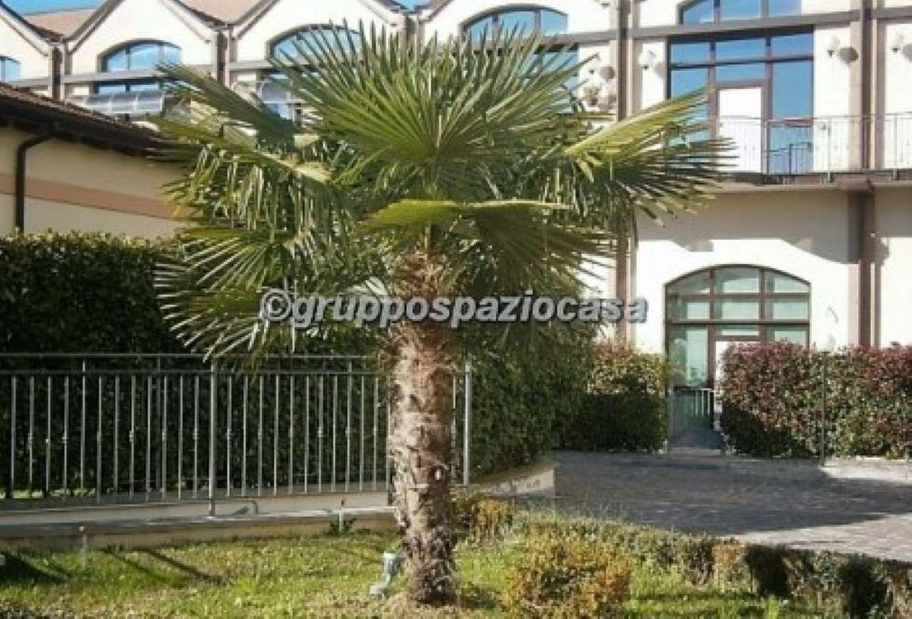 Loft / Openspace in affitto a Milano, 3 locali, zona Zona: 9 . Chiesa Rossa, Cermenate, Ripamonti, Missaglia, Gratosoglio, prezzo € 1.200 | Cambio Casa.it
