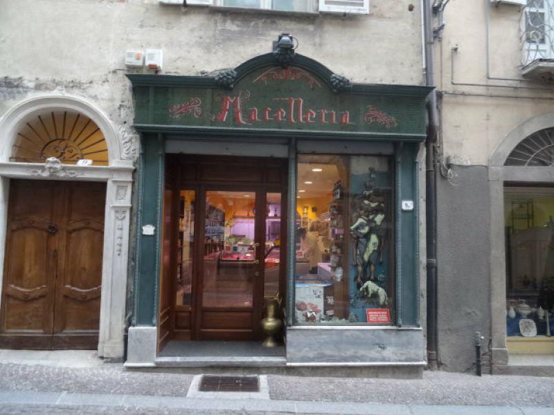 Negozio / Locale in vendita a Mondovì, 5 locali, prezzo € 150.000 | Cambio Casa.it