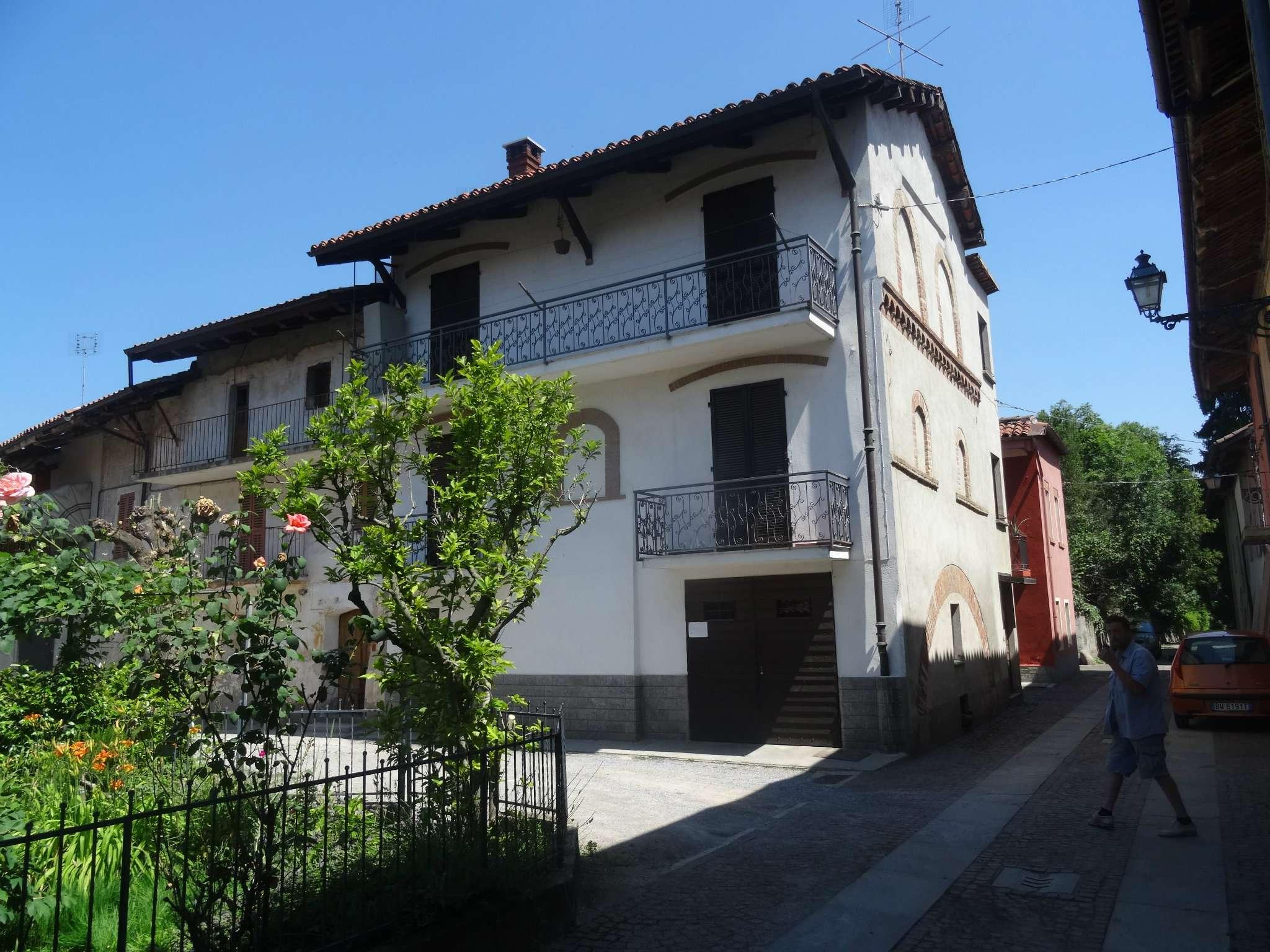Soluzione Indipendente in vendita a Rocca de' Baldi, 8 locali, prezzo € 88.000 | Cambio Casa.it