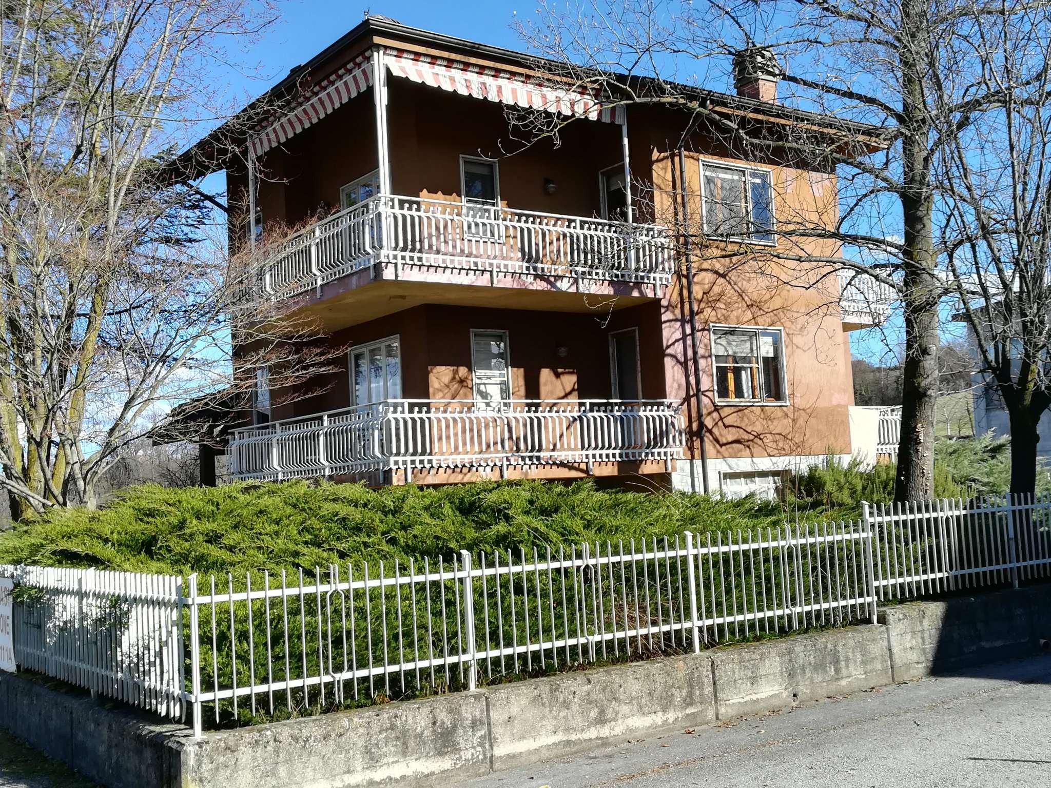 Soluzione Indipendente in vendita a Mondovì, 10 locali, prezzo € 260.000   Cambio Casa.it