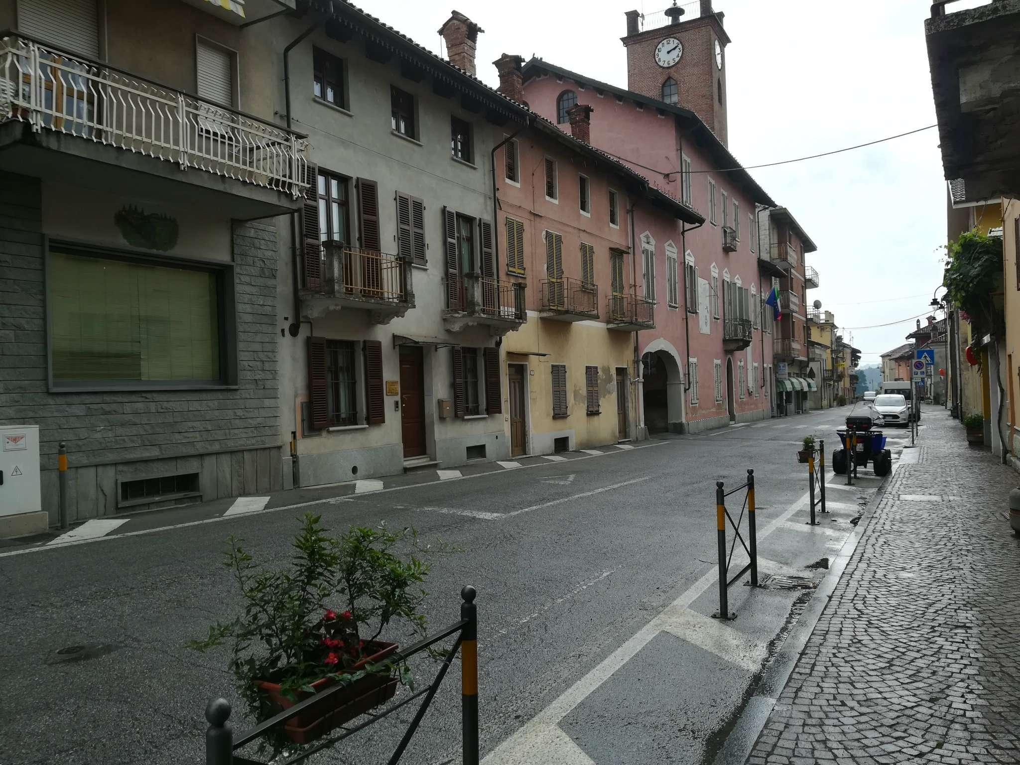 Appartamento in vendita a Rocca de' Baldi, 8 locali, prezzo € 108.000 | CambioCasa.it