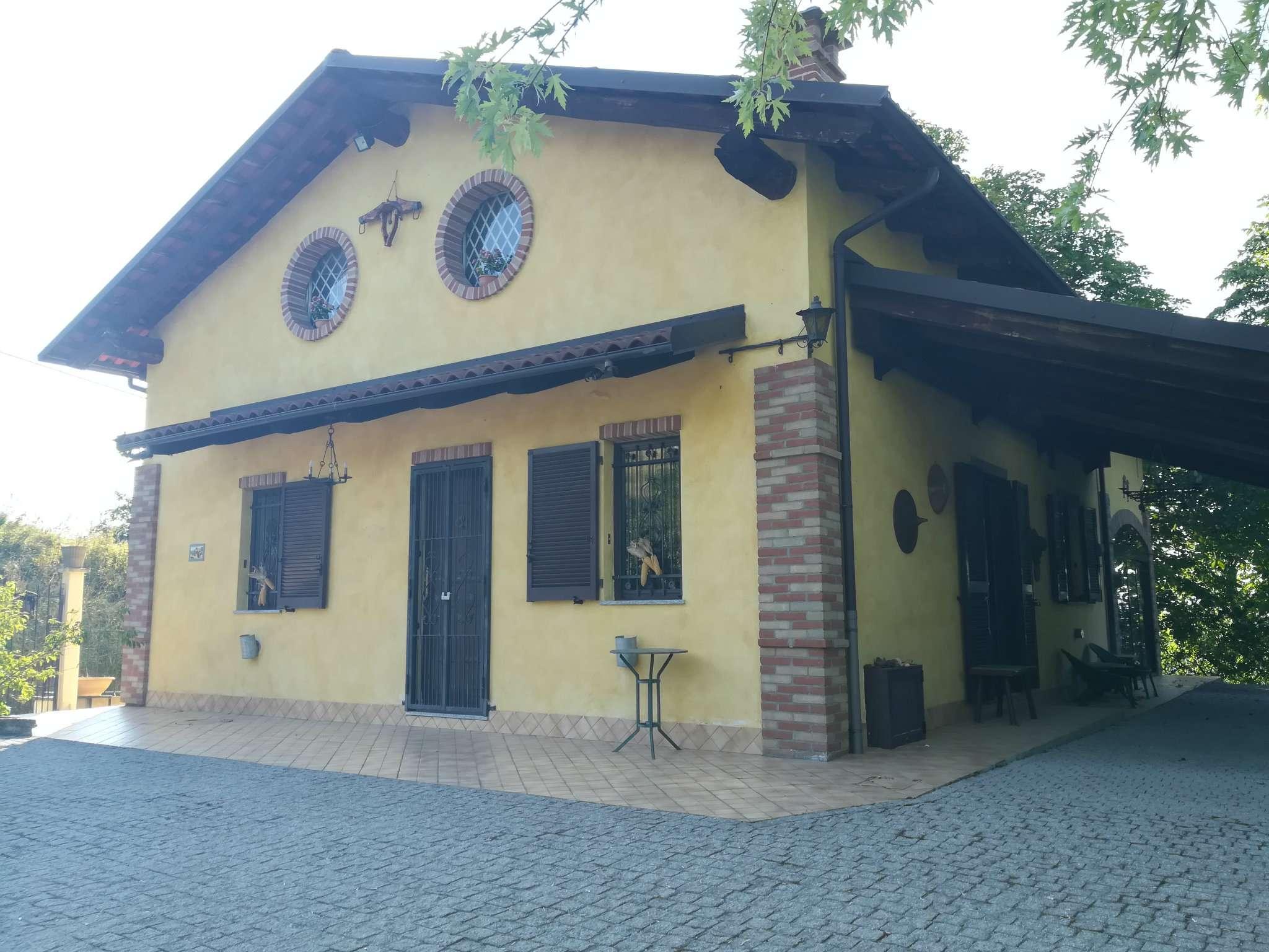 Soluzione Indipendente in vendita a Clavesana, 6 locali, prezzo € 230.000   CambioCasa.it