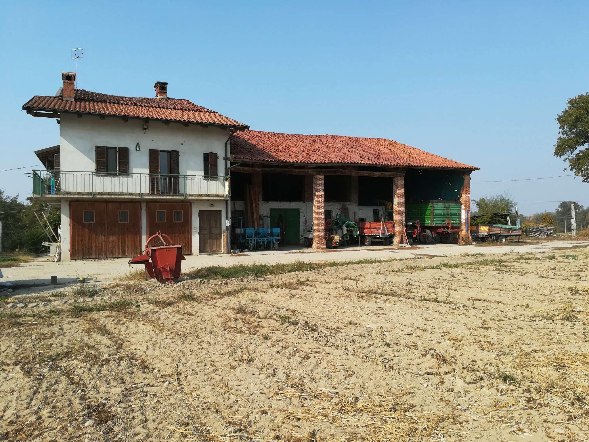 Rustico / Casale in vendita a Mondovì, 4 locali, prezzo € 480.000 | CambioCasa.it