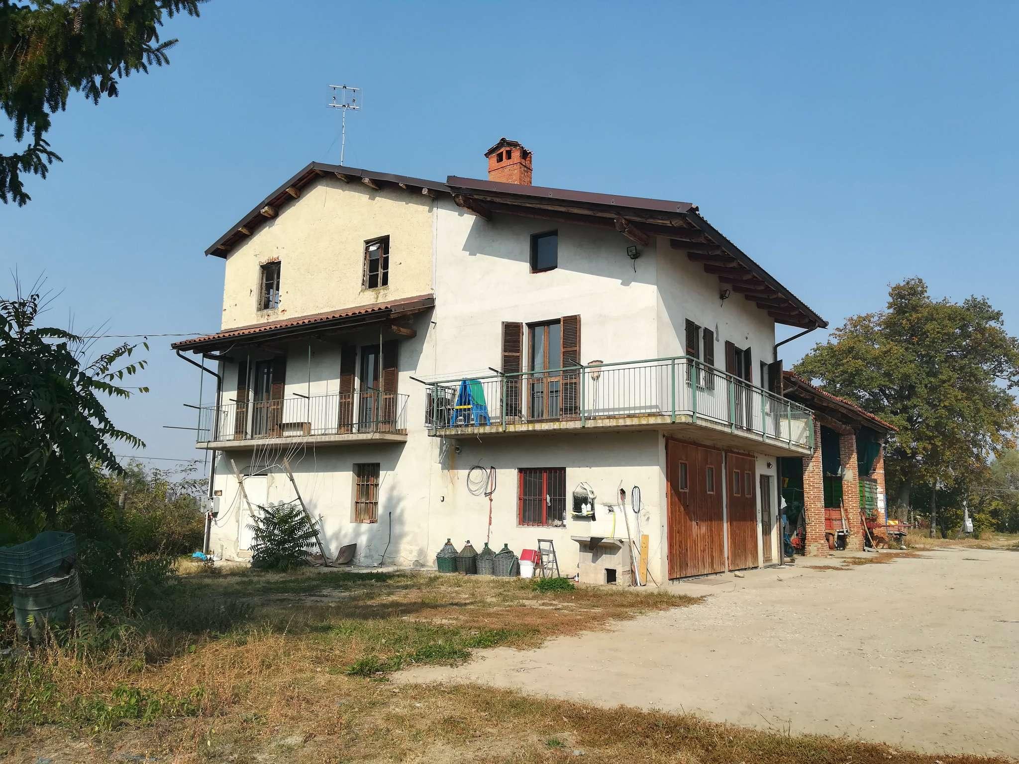 Soluzione Indipendente in vendita a Mondovì, 4 locali, prezzo € 140.000 | CambioCasa.it