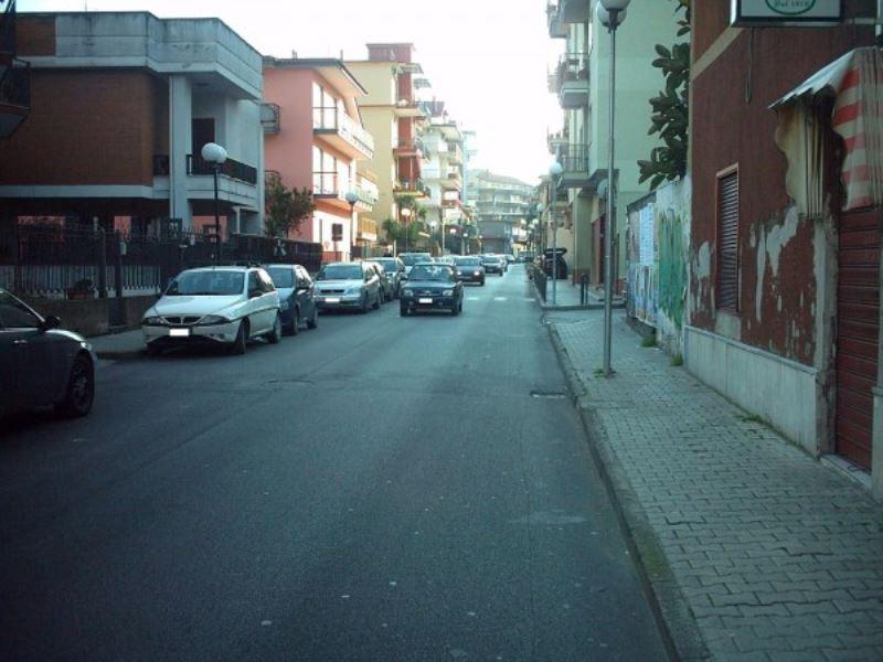 Magazzino in Vendita a Casalnuovo di Napoli