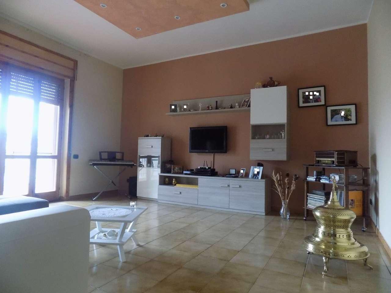 appartamento con terrazzo a Casalnuovo di Napoli - Cambiocasa.it