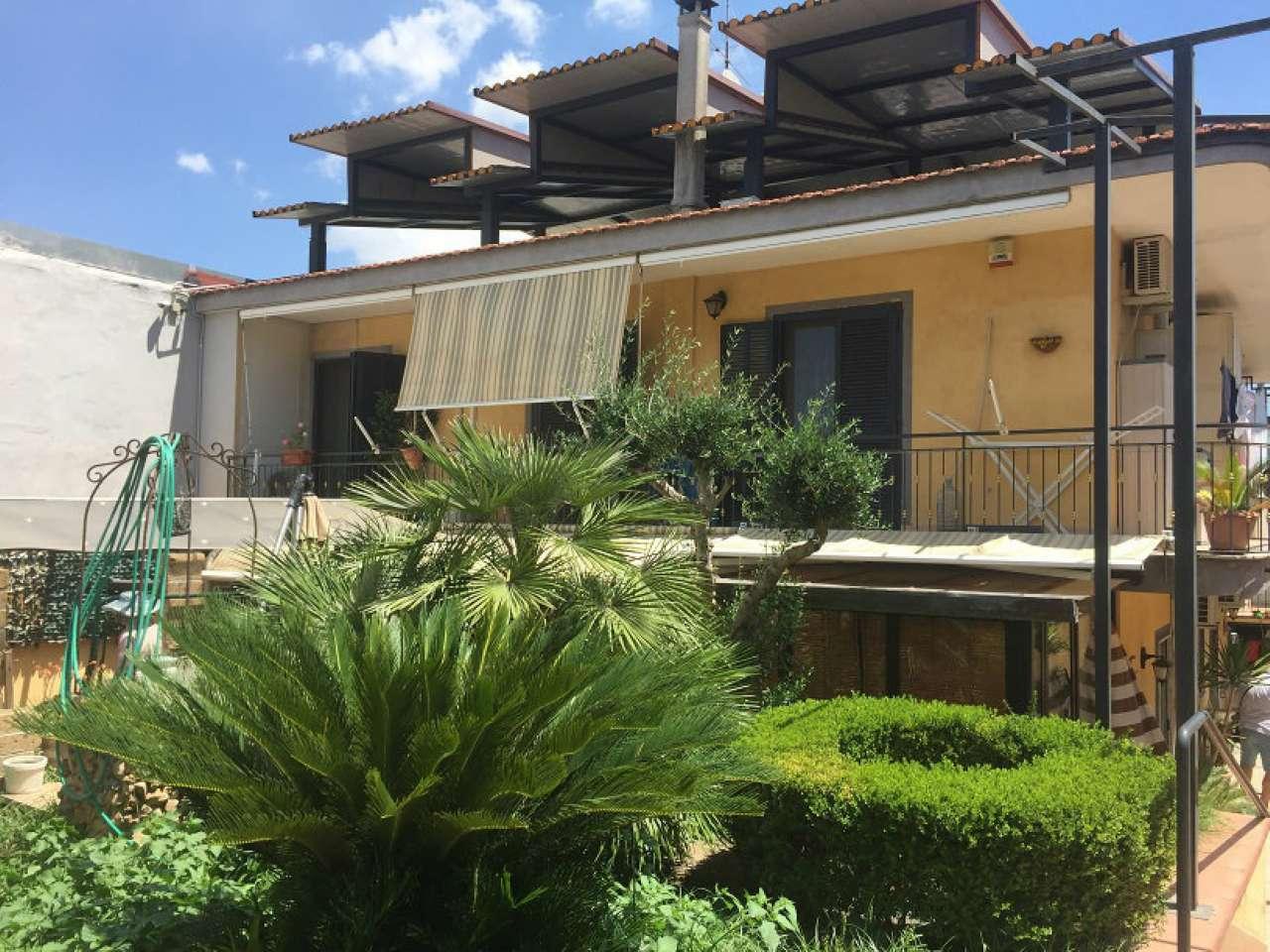Soluzione Indipendente in vendita a Casalnuovo di Napoli, 10 locali, prezzo € 750.000   CambioCasa.it