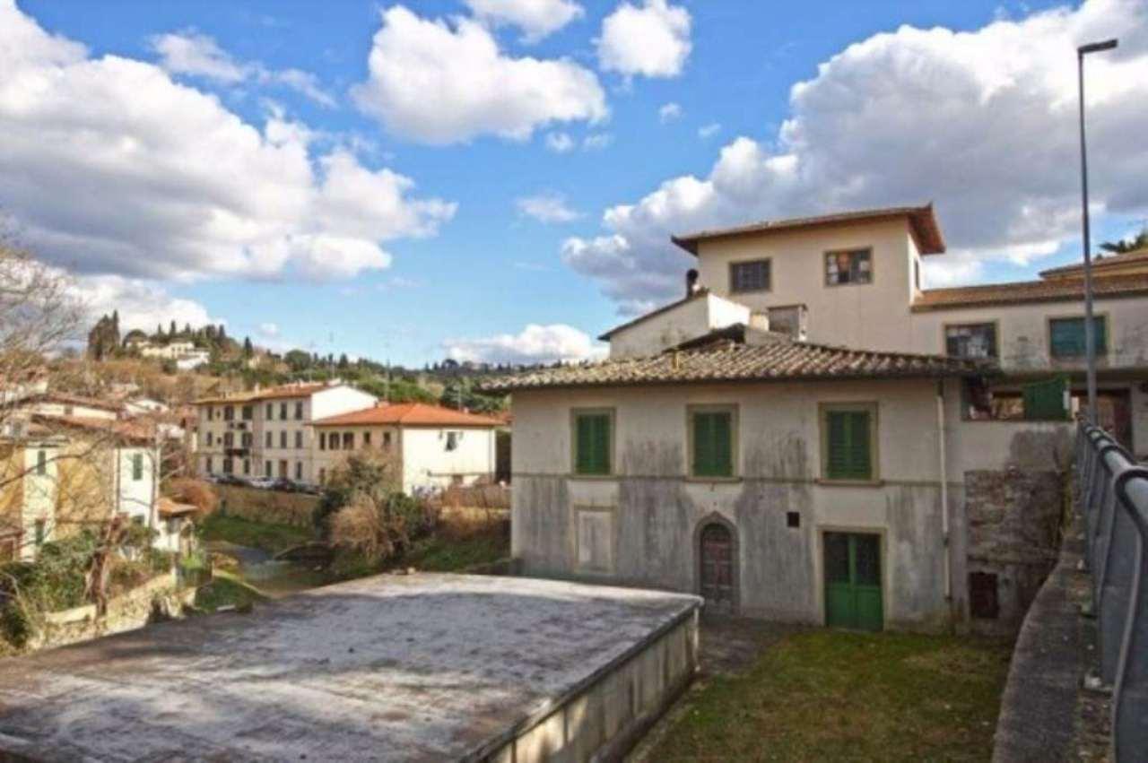 Magazzino in vendita a Bagno a Ripoli, 6 locali, prezzo € 1.000.000 | Cambio Casa.it