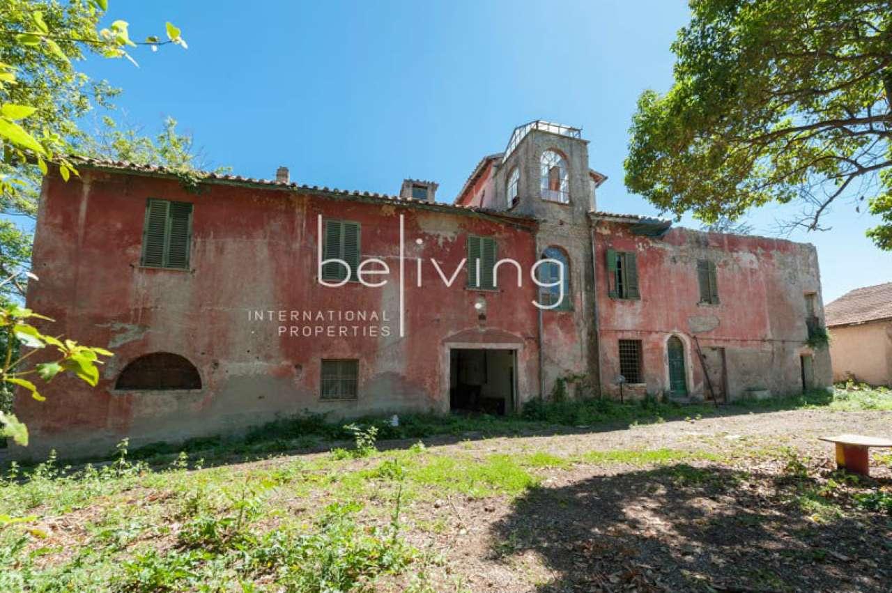 Palazzo / Stabile in vendita a Roma, 14 locali, zona Zona: 27 . Aurelio - Boccea, Trattative riservate | Cambio Casa.it