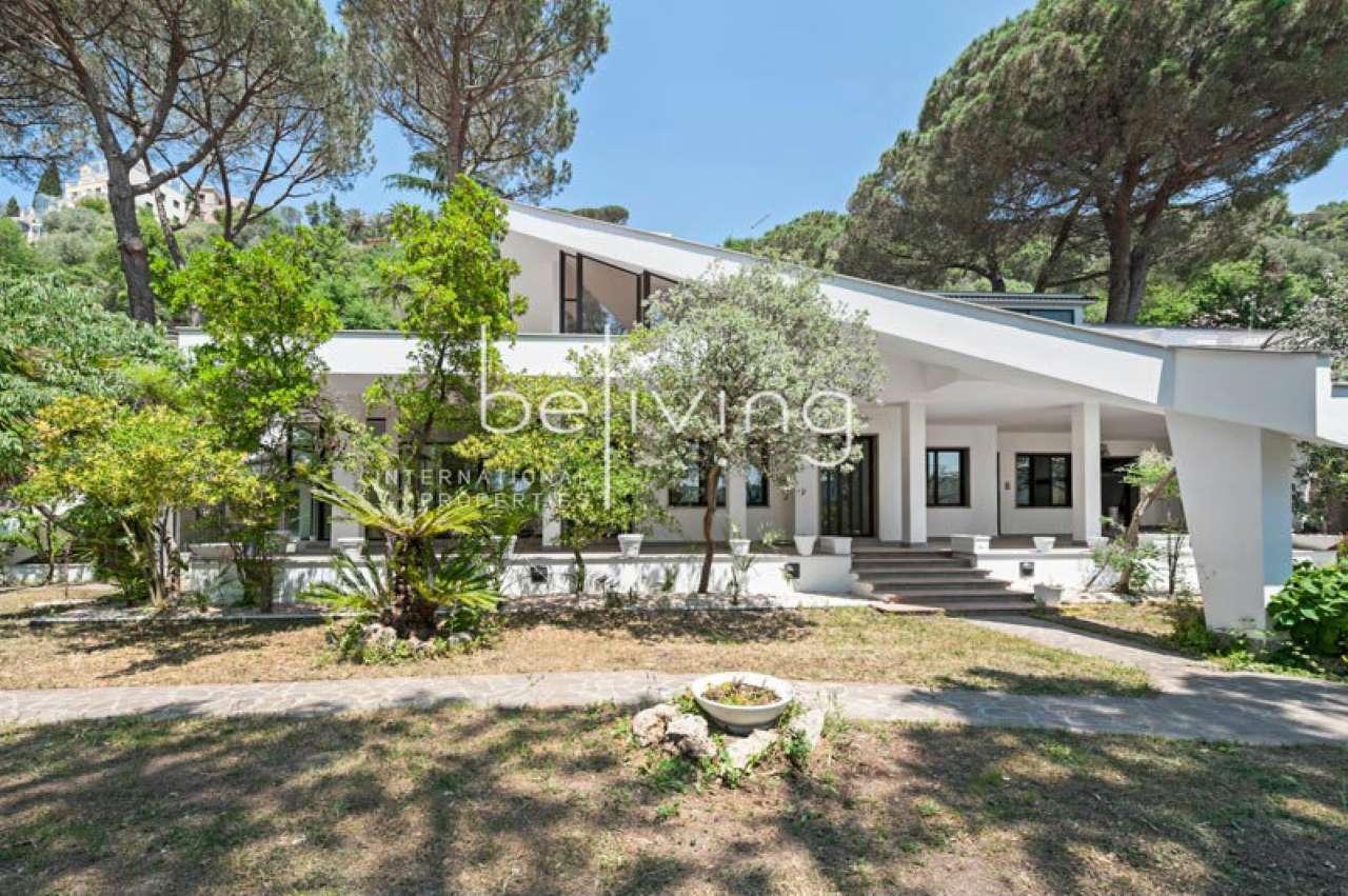 Villa in vendita a Castel Gandolfo, 10 locali, prezzo € 1.490.000 | CambioCasa.it