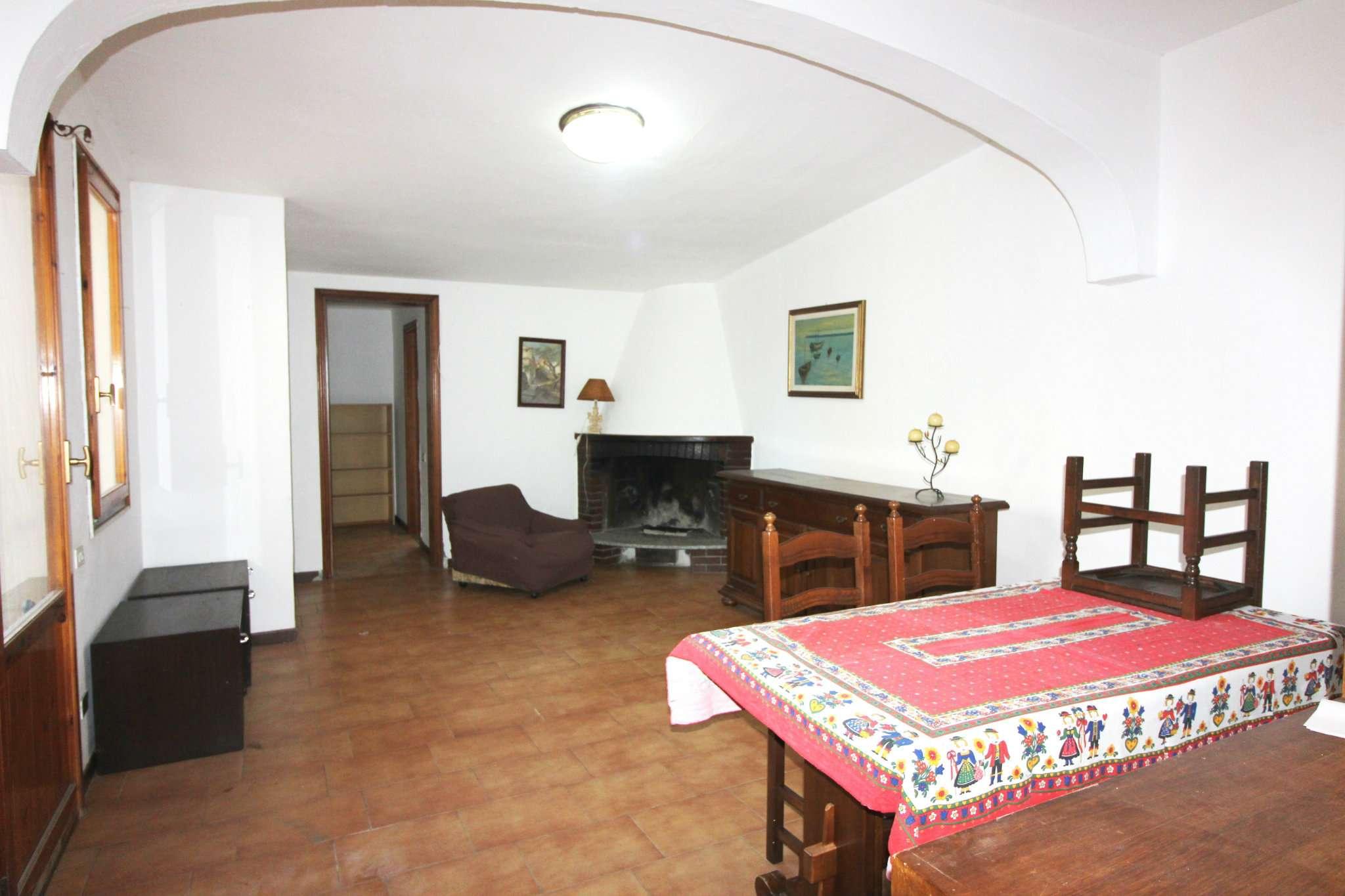 Soluzione Indipendente in vendita a Capoterra, 6 locali, prezzo € 137.000 | Cambio Casa.it