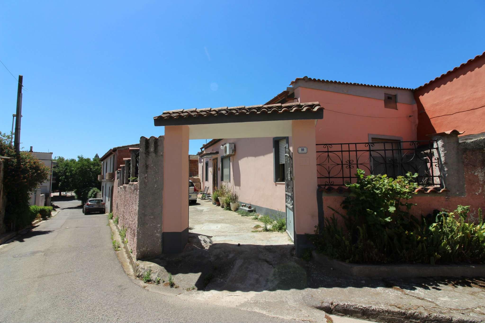Soluzione Indipendente in vendita a Ussana, 4 locali, prezzo € 85.000 | CambioCasa.it
