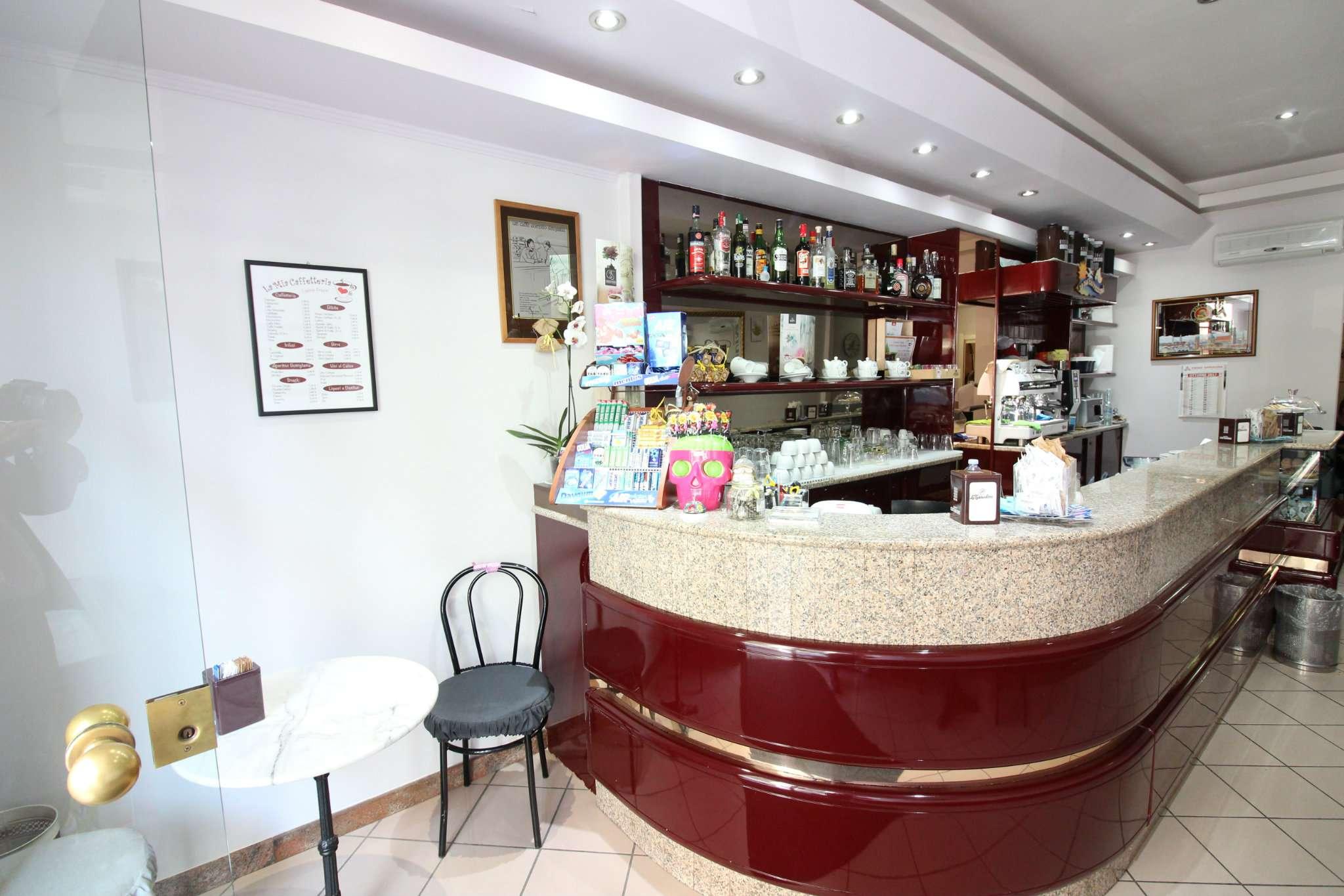 Bar tavola calda - fredda monolocale in vendita a Cagliari (CA)