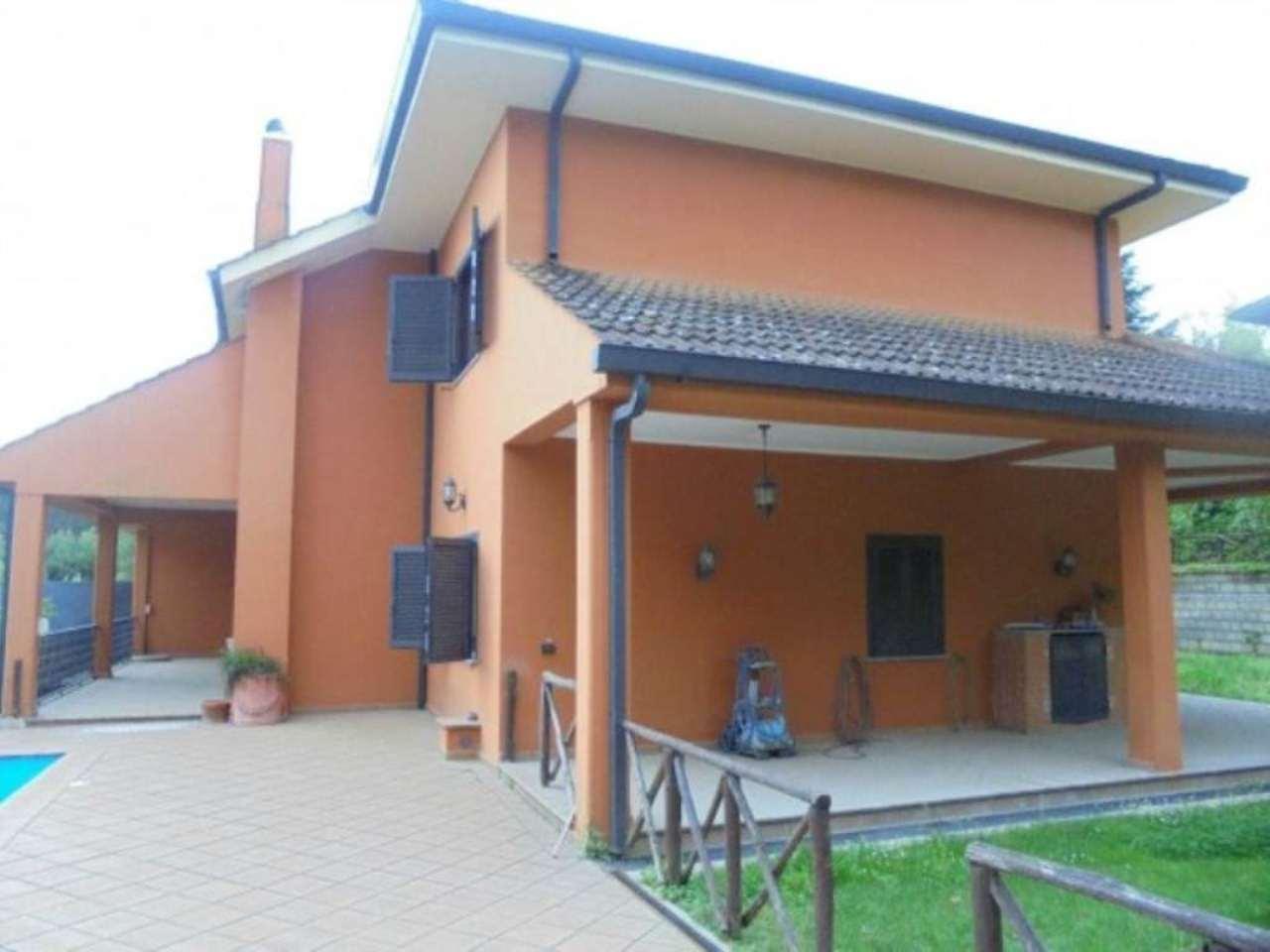 Villa in affitto a Castelnuovo di Porto, 6 locali, prezzo € 1.600 | Cambio Casa.it