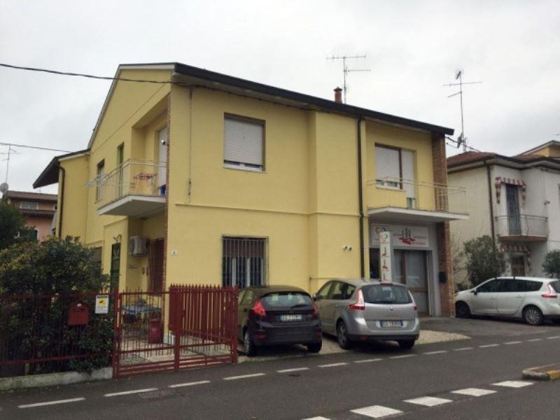 Negozio / Locale in vendita a Ravenna, 2 locali, prezzo € 110.000 | CambioCasa.it