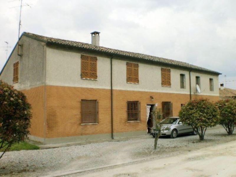 Rustico / Casale in vendita a Ravenna, 6 locali, prezzo € 270.000 | Cambio Casa.it