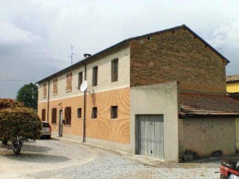 Rustico / Casale in vendita a Ravenna, 10 locali, prezzo € 235.000 | Cambio Casa.it