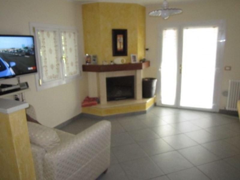 Villa in vendita a Ravenna, 6 locali, prezzo € 370.000 | Cambio Casa.it